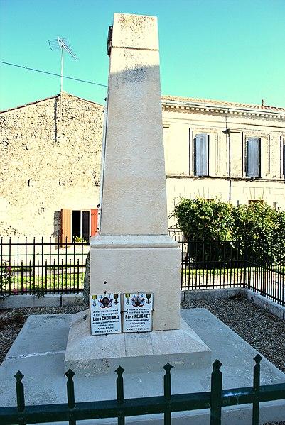 File:Sainte-Ramée Monument aux morts b.JPG