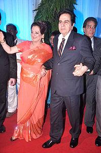 Saira Banu, Dilip Kumar at Esha Deol's wedding reception 01.jpg