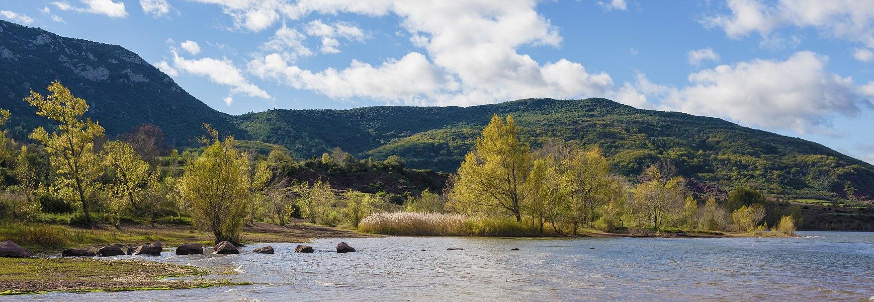 Riverbank of the Salagou Lake. Liausson, Hérault, France.