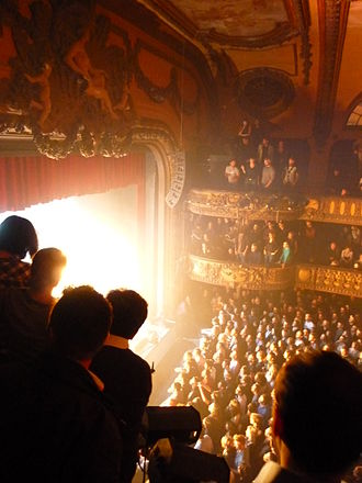 Le Trianon (theatre) - View from the second balcony during a performance