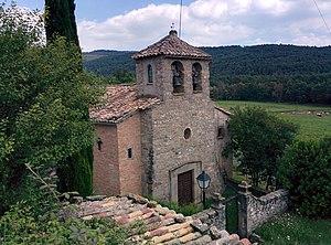 Lluçanès - Landscape of the Lluçanès with the Sant Agustí de Lluçanès church in the foreground.