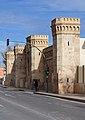 Sant Miquel dels Reis, torres de la porteria.JPG