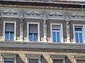 Schulek ház. Fejek, ablakok. - Budapest, Palotanegyed, József körút 45.JPG