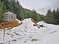 Shelter in upper Glen Boltachan - geograph.org.uk - 662629.jpg