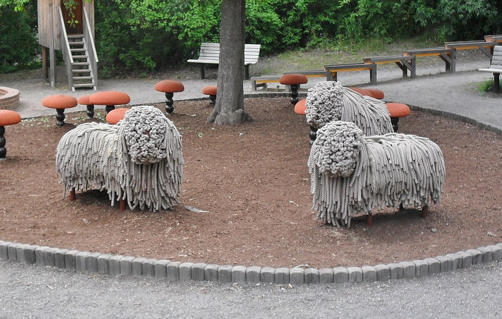 Skansen - Sheep playground features.jpg