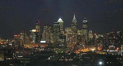 Panorama Filadelfii nocą