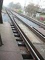 Smíchov, koleje na začátku železničního mostu.jpg
