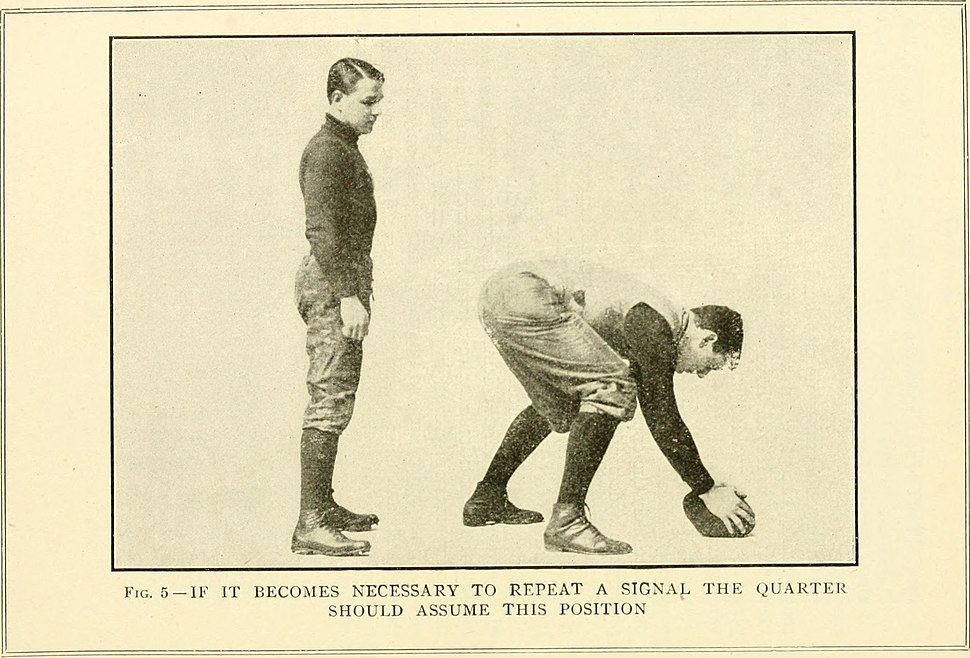 Spalding's how to play foot ball; (1902) (14597024517)