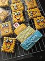 SpongeBob Cookies - Flickr - nikkicookiebaker.jpg