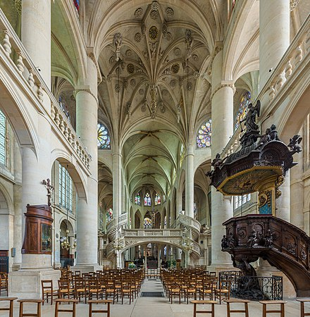The nave, showing the rood screen, pulpit and ceiling details St-Etienne-du-Mont Interior 2, Paris, France - Diliff.jpg