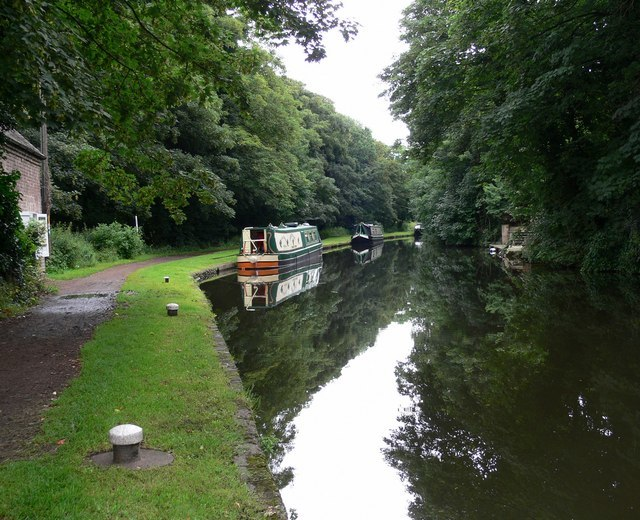 Staffordshire & Worcestershire Canal - geograph.org.uk - 494864