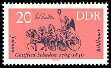 Schadows Entwurf der Quadriga auf einer DDR-Briefmarke von 1964 (Quelle: Wikimedia)