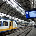 Station Amsterdam Centraal - panoramio.jpg