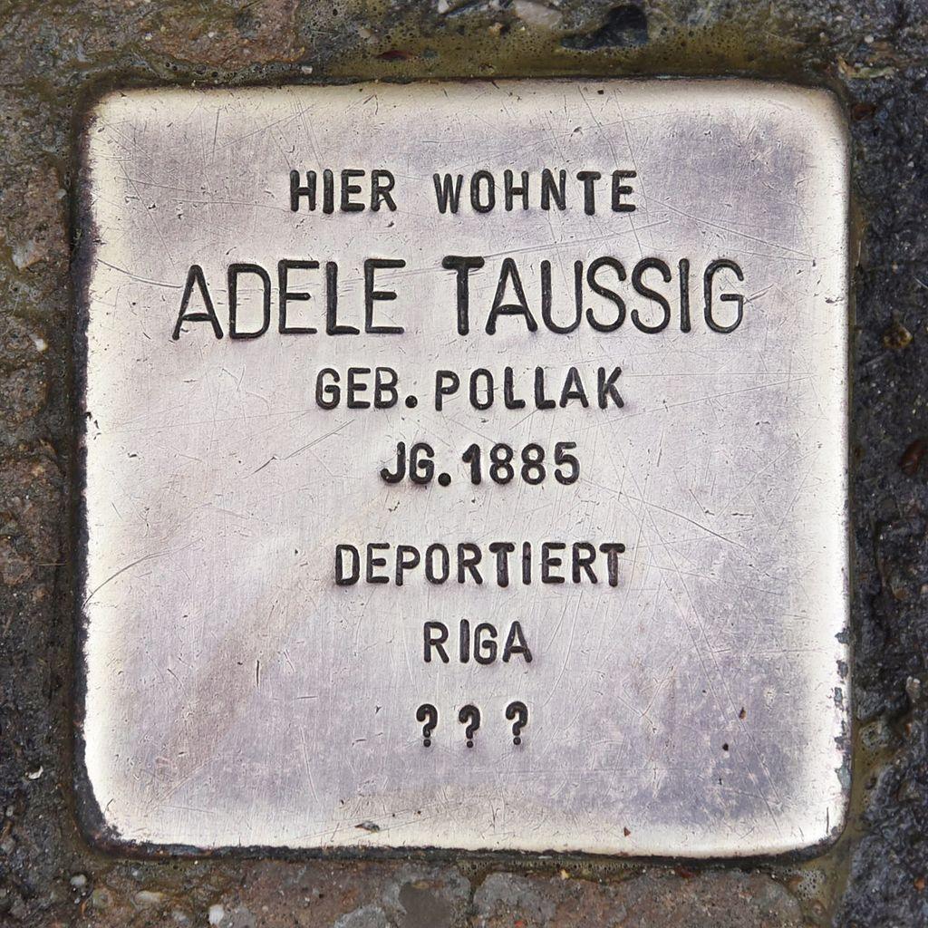 Stolperstein für Adele Taussig 2.JPG
