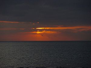 Sunset of Lovina Beach 200507-2