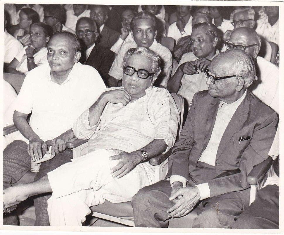 Suresh Joshi with P L Deshpandey