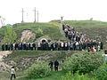 Szabadtéri istentisztelet Húsvétvasárnap a Szél-hegyen.JPG