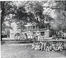orphanage deutsch