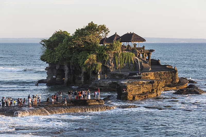 File:Tanah-Lot Bali Indonesia Pura-Tanah-Lot-01.jpg