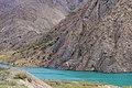 Tashkomur, Kyrgyzstan (42647182980).jpg