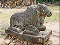 Taureau Nandin du temple Preah Kô (Angkor) (6970001375).jpg