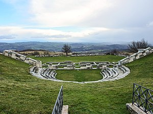 Province of Isernia - The Samnite amphitheatre of Pietrabbondante.