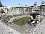 Temple tank (kalyani) at the Chennakeshava temple in Belur.jpg