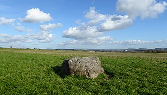 Cuckoo Stone - The stone, facing the east