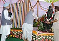 The Lok Sabha Speaker, Shri Somnath Chatterjee paying floral tributes at the statue of Devi Ahilyabai Holkar at Parliament House in New Delhi on August 24, 2006.jpg