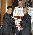 The President, Shri Pranab Mukherjee presenting the Padma Bhushan Award to Shri Kamal Haasan, at a Civil Investiture Ceremony, at Rahstrapati Bhavan, in New Delhi on March 31, 2014.jpg