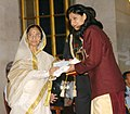 The President, Smt. Pratibha Patil presenting the Arjuna Award -2006 to Ms. Anjum Chopra for Cricket at a glittering function, in New Delhi on August 29, 2007.jpg