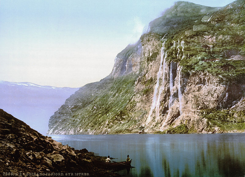 Fil:The Seven Sisters, Geiranger Fjord, Norway.jpg