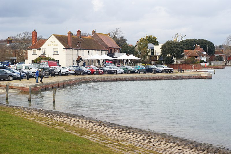 File:The Ship Inn, Langstone, Hampshire - geograph.org.uk - 1721088.jpg