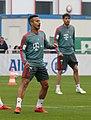 Thiago Training 2019-04-10 FC Bayern Muenchen-6.jpg