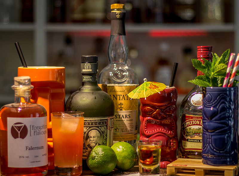 File:Tiki-Cocktails.jpg