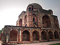 Tomb of Khan-i-Khana 913.jpg
