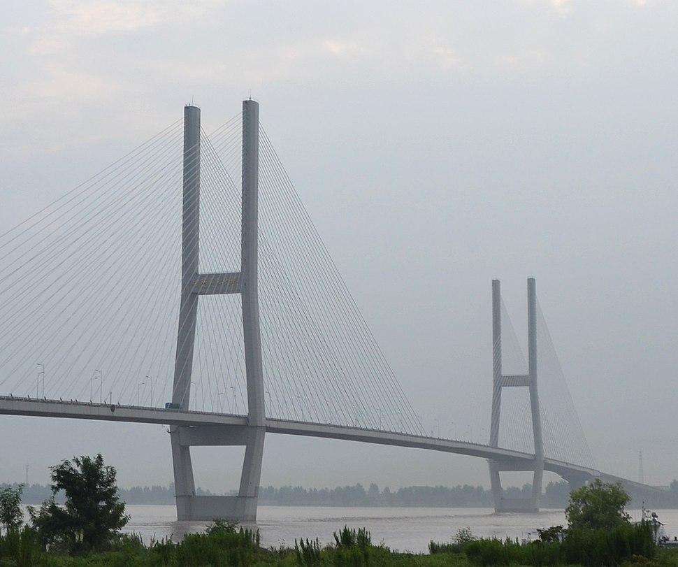 Tongling Yangtze River Bridge.JPG