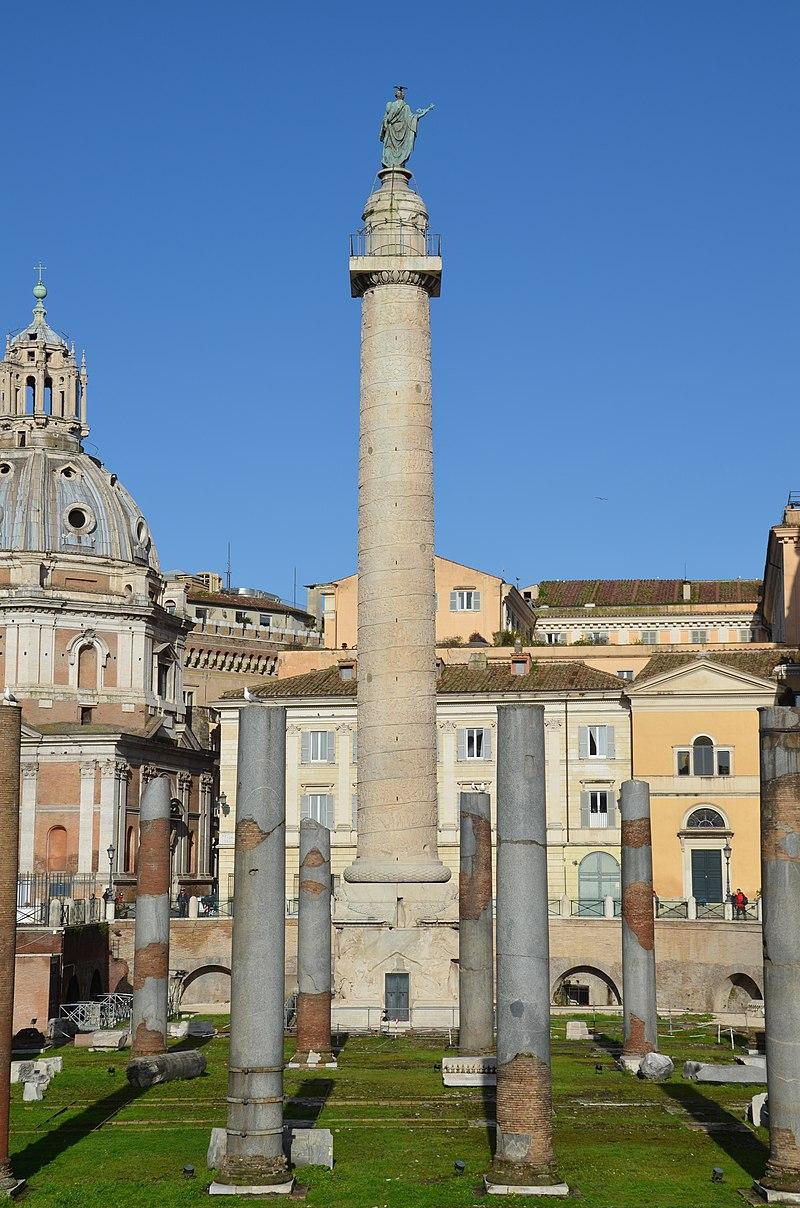 Trajan's Column, Rome (14271952855).jpg