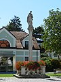 Trautmannsdorf Figurenbildstock hl Stanislaus 2011.JPG