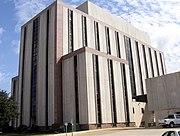 Una vista del Palacio de Justicia del Condado de Tuscaloosa visto desde Greensboro Avenue