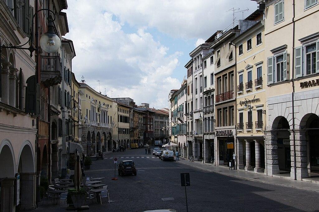 Hotel Via Cividale Udine