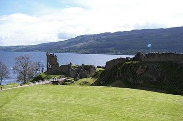 Urquhart Castle distance.jpg