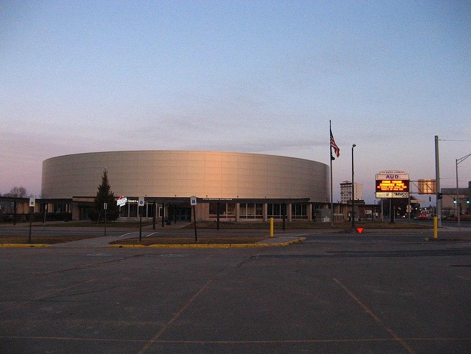 Utica Memorial Arena after renovation, 2016-02-07