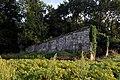 V1-Stellung Bois Carre, Schutzmauern 01 09.jpg