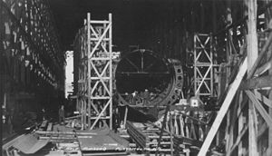 USS Narwhal (SS-167) - V-5 a.k.a. USS Narwhal under construction at Portsmouth Naval Shipyard, 1927