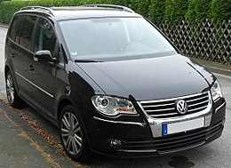 VW Touran Facelift front.JPG