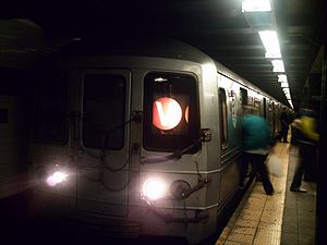 Forest Hills-bound V train of R46s at Roosevelt Avenue-Jackson Heights