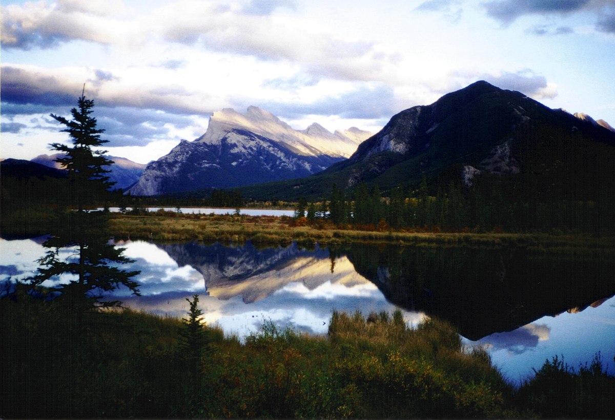 """Résultat de recherche d'images pour """"lac vermillon"""""""