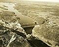 Vue aérienne de la centrale hydroélectrique d'Isle-Maligne à Alma (Québec).jpg