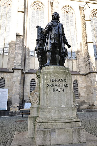 St. Thomas Church, Leipzig - Statue of Johann Sebastian Bach at the Thomaskirche